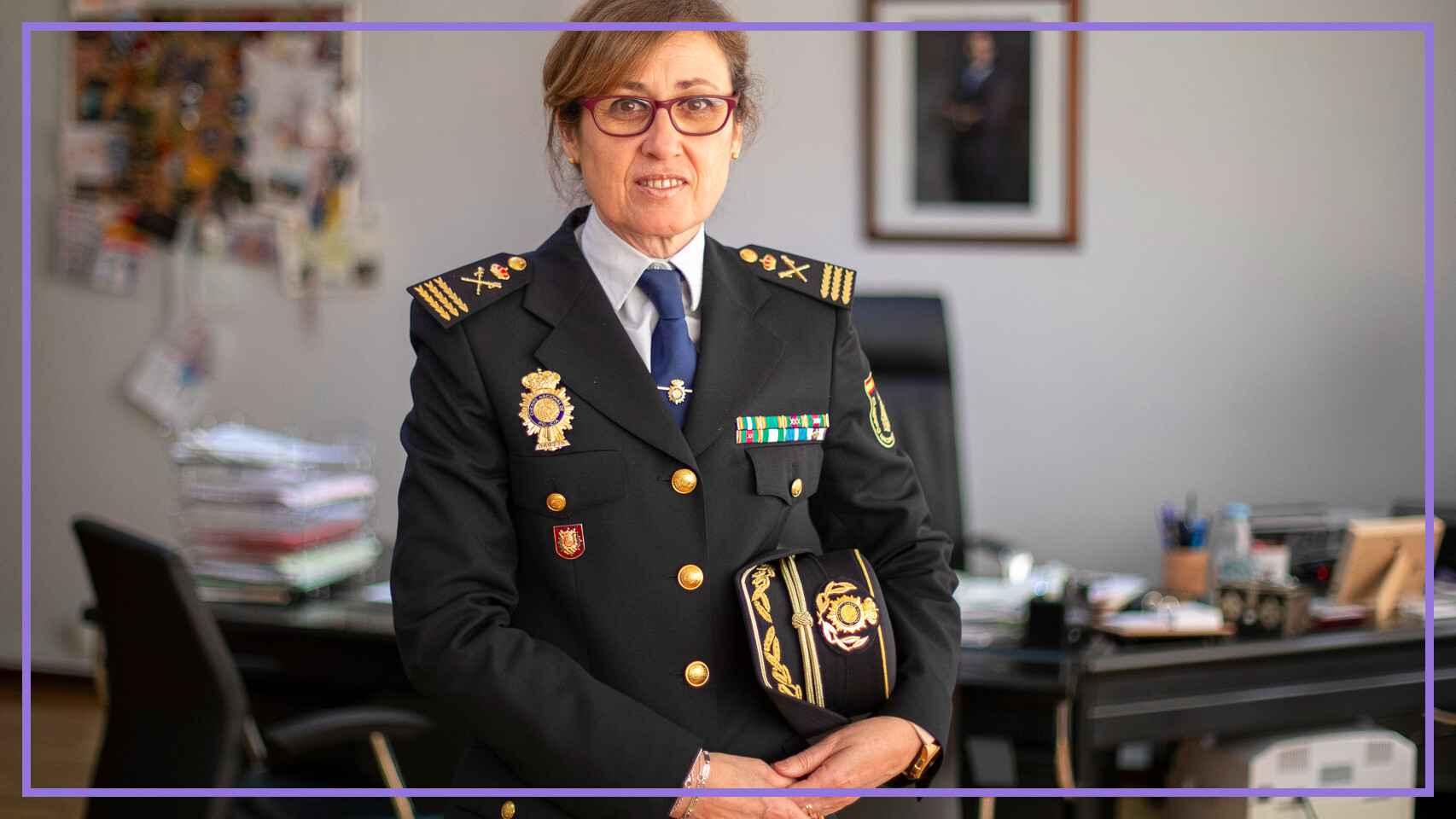 Eulalia González Peña en su despacho.