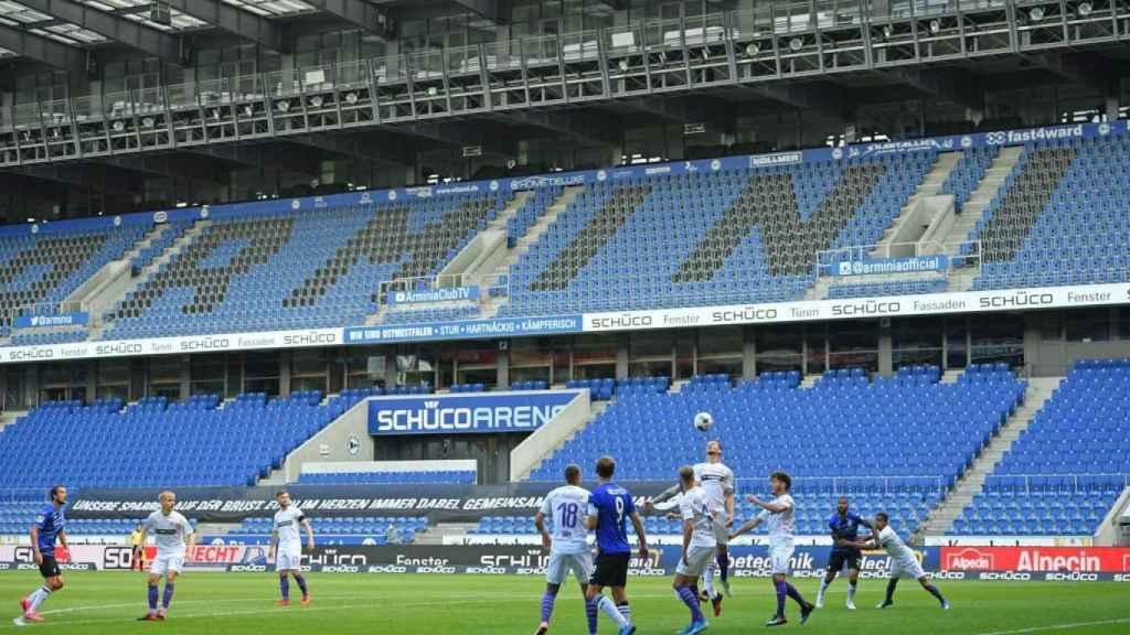 LaLiga busca evitar lo que supone tener las gradas como esta imagen de un partido de la Bundesliga 2
