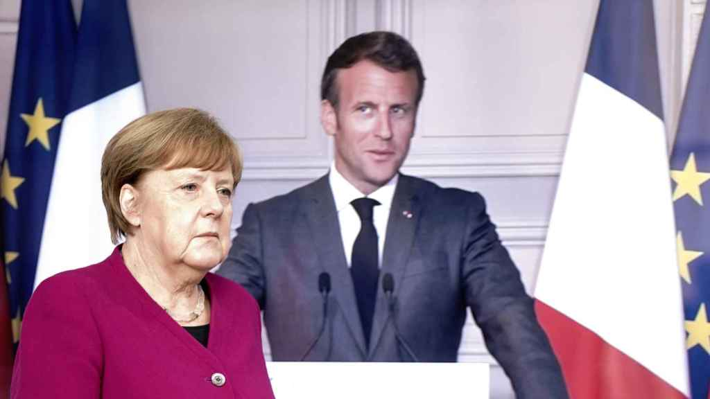 Angela Merkel y Emmanuel Macron, durante la rueda de prensa virtual de este lunes.