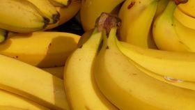 Una imagen de un plátano maduro.