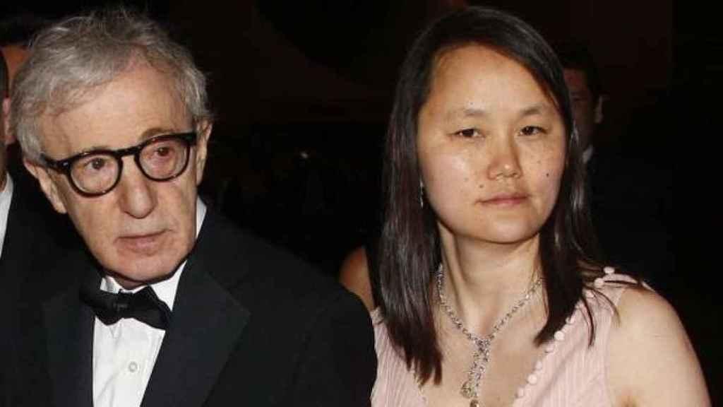 Woody Allen y Soon Yi, su actual esposa.