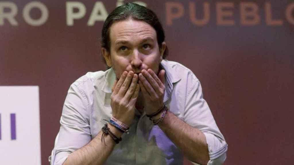 Pablo Iglesias, despidiéndose de los militantes en la Asamblea Ciudadana Vistalegre II.