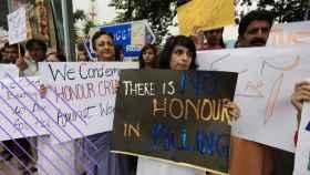 Una manifestación contra los crimenes de honor en Pakistán.