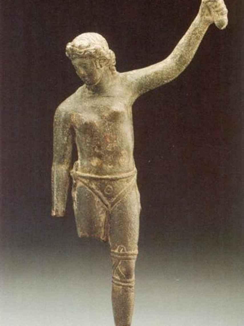 Estatua de bronce de una supuesta gladiadora.