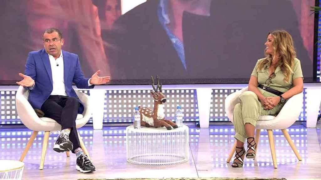 Marta López se ha hecho un hueco en 'Sálvame' tras ser protagonista del 'Merlos Place'.