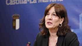 Blanca Fernández, consejera de Igualdad y portavoz del Gobierno de Castilla-La Mancha, este jueves durante su comparecencia en las Cortes