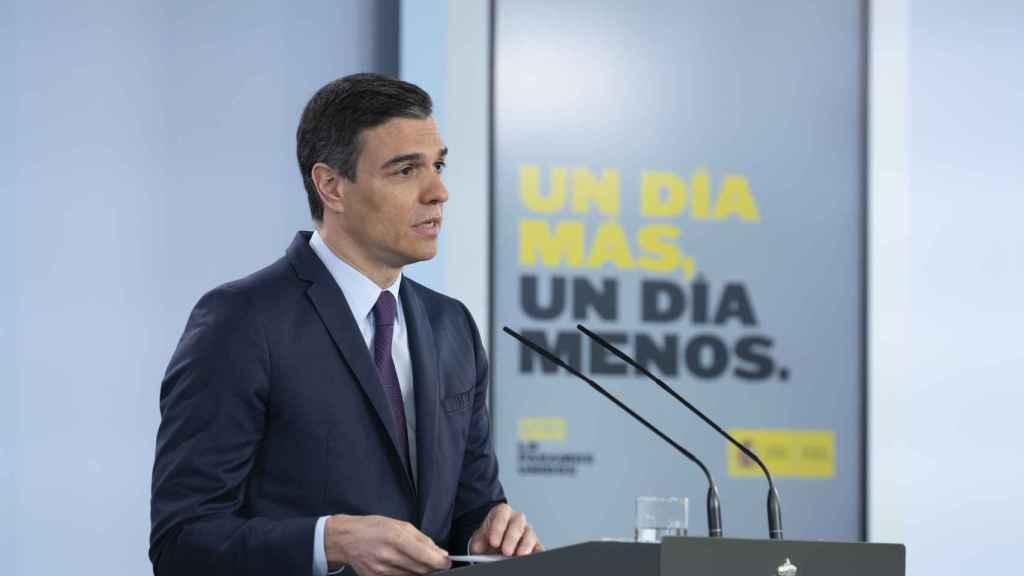 El presidente del Gobierno, Pedro Sánchez, comparece en una rueda de prensa telemática.