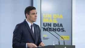 El presidente del Gobierno, Pedro Sánchez, comparece en una rueda de prensa telemática
