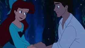 Ariel y Eric, en un fotográma del clásico animado de Disney.