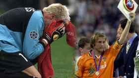 Las lágrimas de Santiago Cañizares en la final de 2001 y Gaizka Mendieta levanta la distinción de subcampeón en Saint-Denis