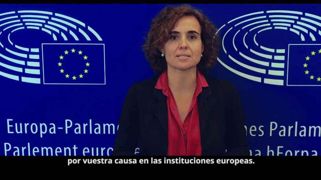 Dolors Montserrat en el vídeo para reclamar la liberación de europeos encarcelados por el régimen de Nicolás Maduro.