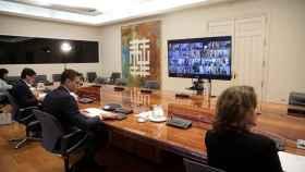Darias, Illa, Sánchez y Ribera en la videoconferencia de presidentes autonómicos.