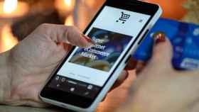 Hasta 300 euros por nómina: la banca retoma la guerra del 'cash' para el cliente digital