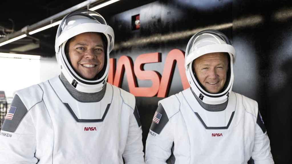 Astronautas de la Crew Dragon en la misión Demo-2