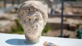 Busto del siglo I que ha salido a la luz en unas excavaciones realizadas en el yacimiento iberorromano de Cástulo situado a cinco kilómetros de Linares (Jaén).
