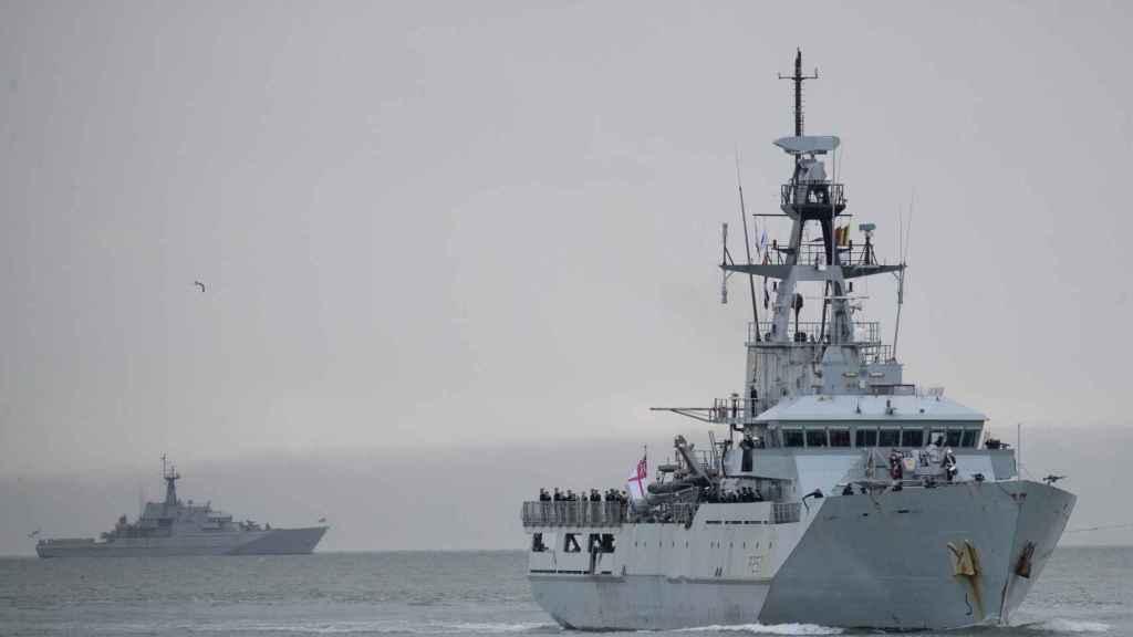 Buque de la Royal Navy HMS Clyde.