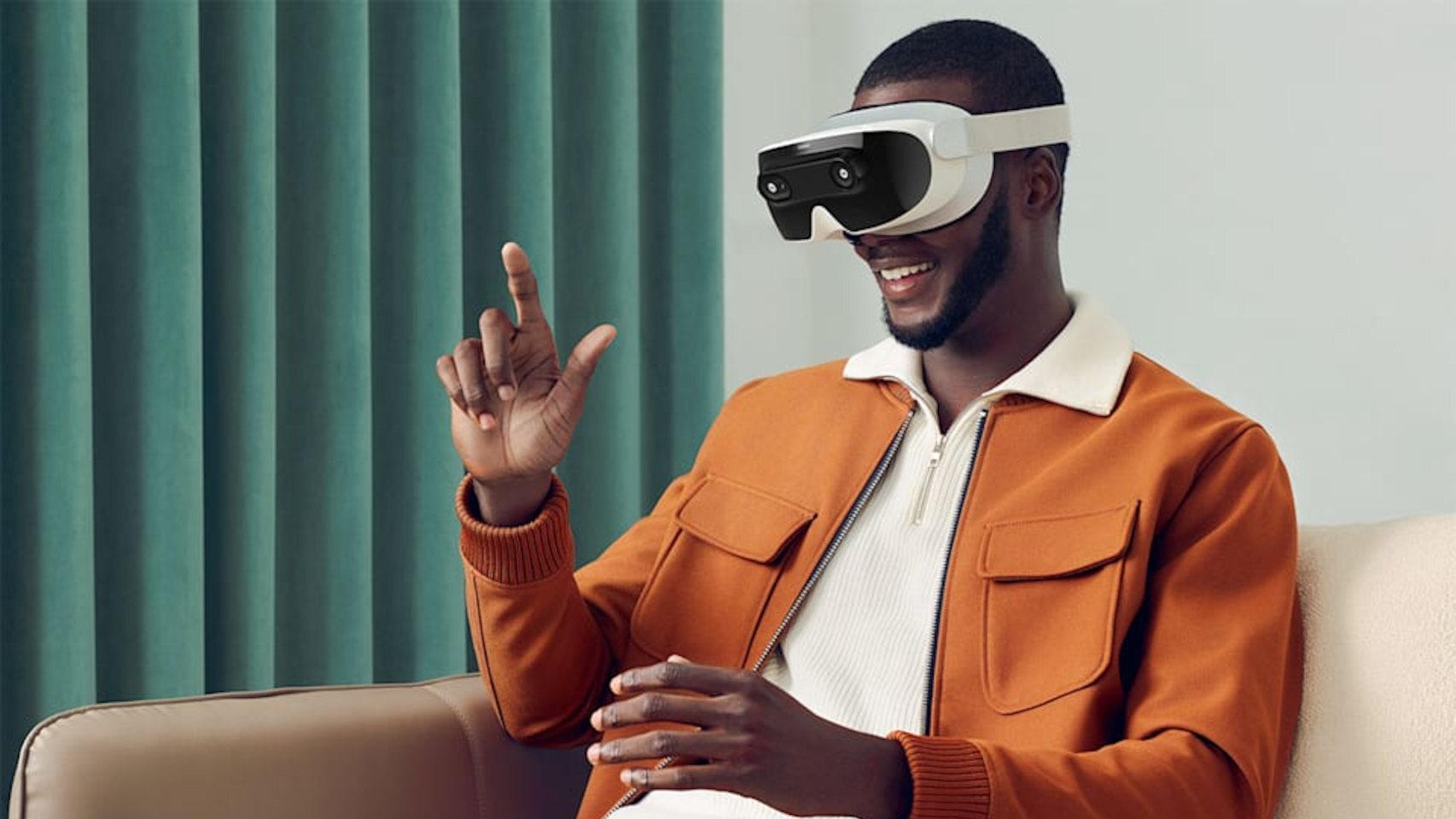 El Mova es un visor de realidad virtual que se puede controlar con las manos