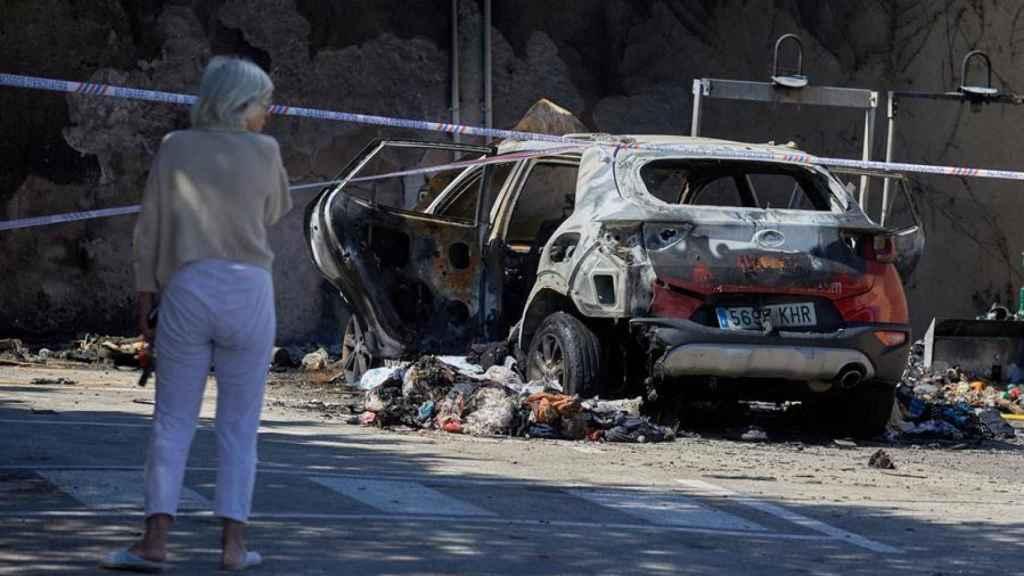 El coche quemado de la víctima.