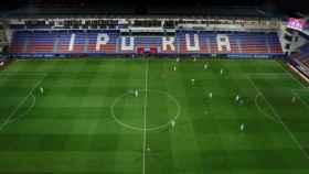 Imagen aérea del Eibar - Real Sociedad que se disputó sin público en las gradas