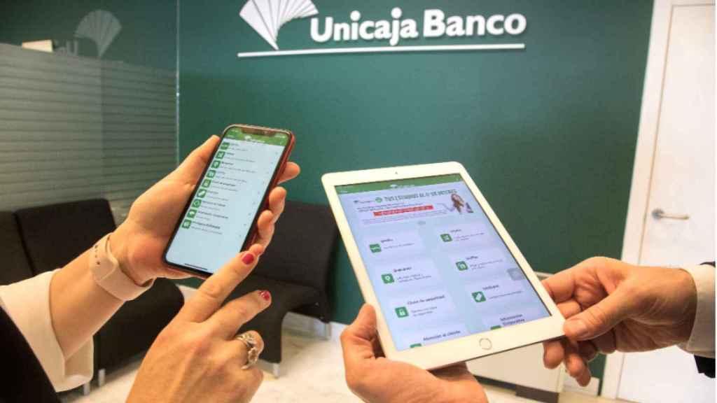 Operativa digital en Unicaja Banco.