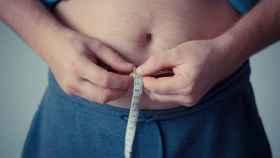 La población española tiene una tasa de más del 60 % de sobrepeso y obesidad.