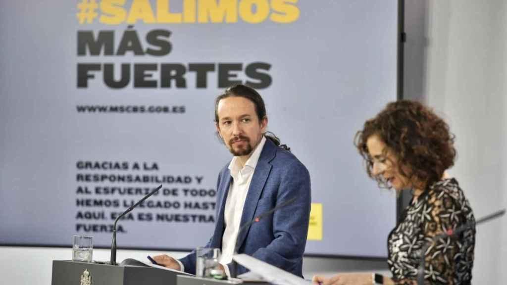 Pablo Iglesias y María Jesús Montero.