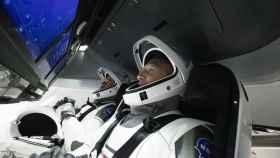 Los astronautas estadounidenses Bob Behnken y Doug Hurley.