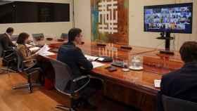 Pedro Sánchez en videoconferencia de presidentes con los líderes autonómicos.