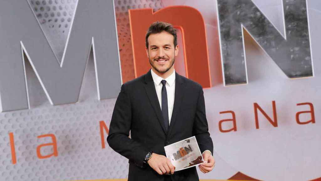 Diego Losada está al frente de 'La Mañana' de forma temporal tras la salida de María Casado.