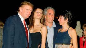 Jeffrey Epstein junto a Donald Trump.