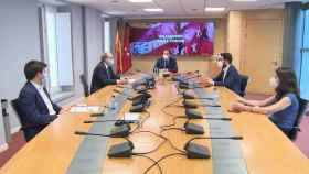Ignacio Aguado con los portavoces de PSOE, Más Madrid, Cs y Unidas Podemos en la Asamblea de Madrid. Foto: Europa Press