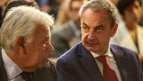Los expresidentes del Gobierno Felipe González y José Luis Rodríguez Zapatero.