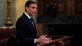 Pedro Sánchez, en el atril del Congreso, pide una nueva prórroga para el estado de alarma.