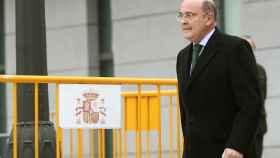 El exjefe de la Comandancia en Madrid, Diego Pérez de los Cobos, saliendo de la Audiencia Nacional.