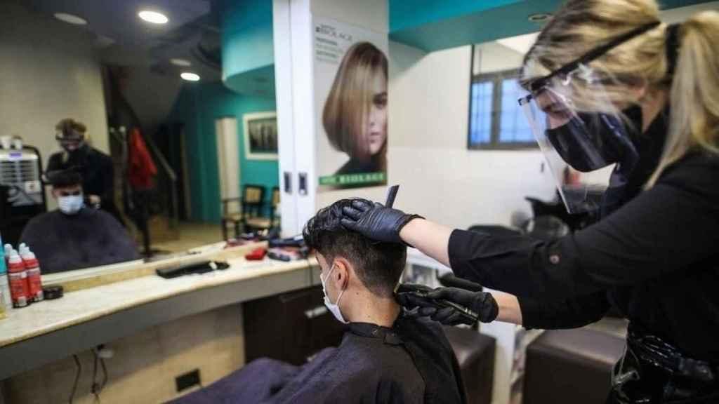 Una peluquería en Tres Cantos (Madrid).
