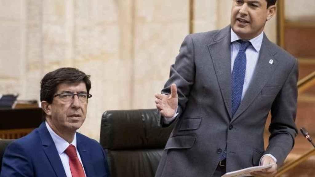 El presidente y vicepresidente de la Junta de Andalucía, Juanma Moreno y Juan Marín.
