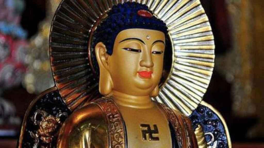 La esvástica en el budismo