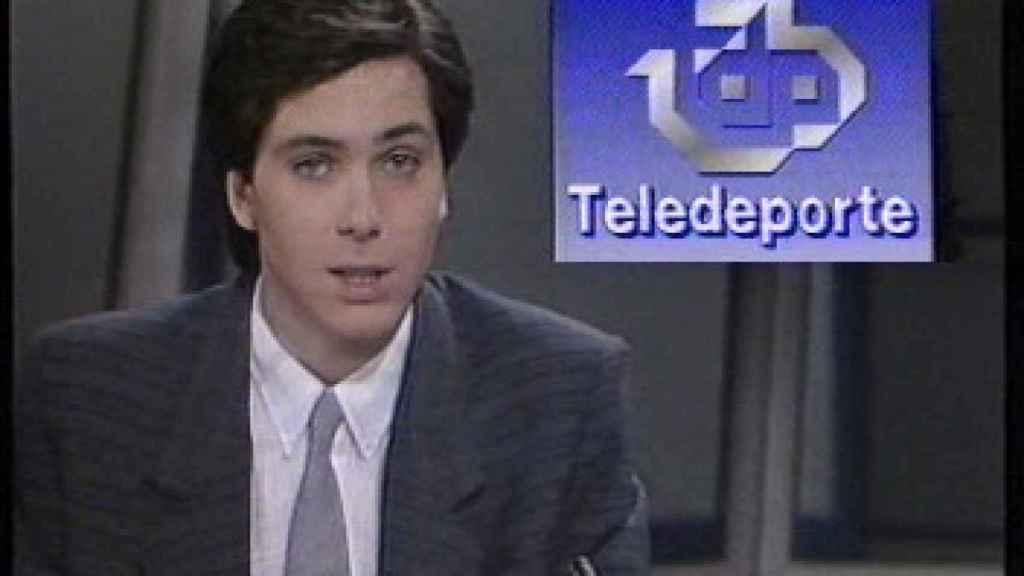 El presentador de Antena 3, cuando presentaba los deportes.