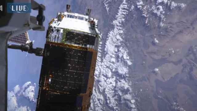 Captura del momento del acoplamiento en la Estación Espacial Internacional.