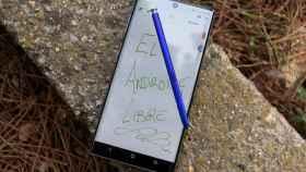 El Galaxy Note 20 por fin tendría una pantalla plana