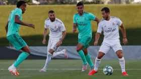 Eder Militao, Karim Benzema, Casemiro y Eden Hazard, durante el partido de simulación del sábado pasado
