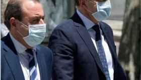 José Manuel Franco, a la derecha, a su llegada a los Juzgados de Instrucción de Madrid./