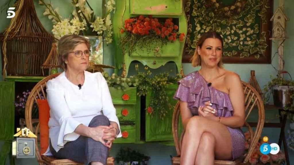 María Jesús Ruiz y Juani durante el programa 'La casa fuerte'.