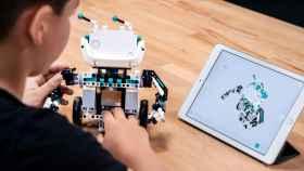 El nuevo robot de Lego se puede programar con una tablet
