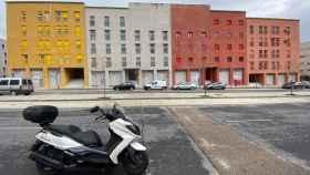 Edificios de viviendas con locales a la venta.