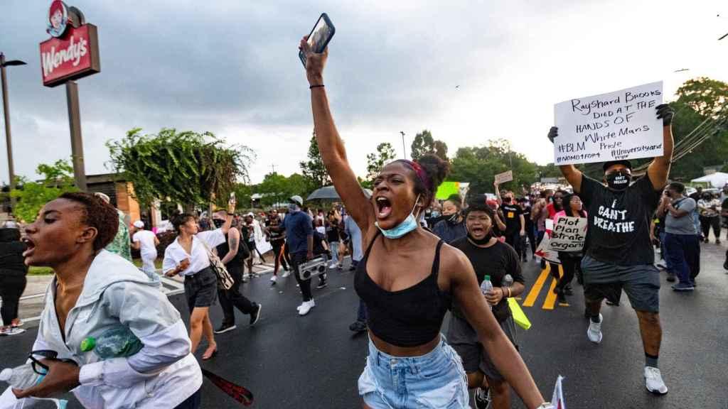 Protestas tras la muerte de Rayshard Brooks.