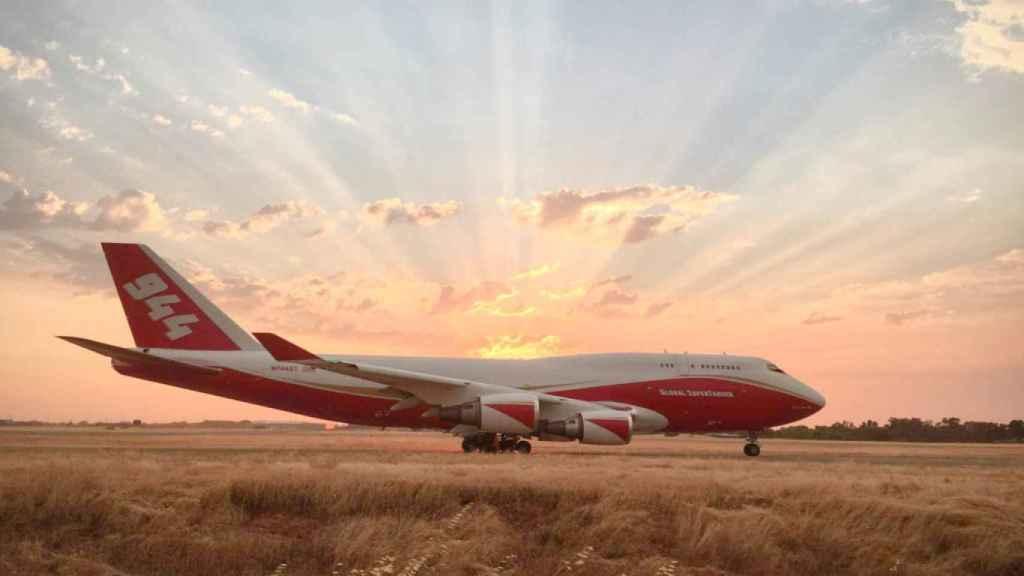 Boeing 747 SuperTanker