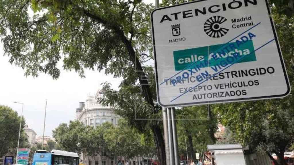 Señal de aviso de entrada en el perímetro de Madrid Central./