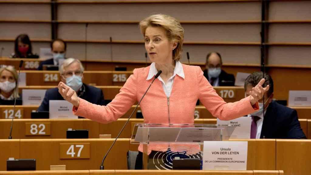 La presidenta Ursula von der Leyen, durante un discurso este miércoles en la Eurocámara
