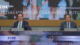 El presidente de la CEOE, Antonio Gramendi, junto al presidente de Asaja, Pedro Barato.